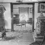 Crabtree Hotel lobby and sitting room possibly early 1900s, JHHSM 1991.3550.001