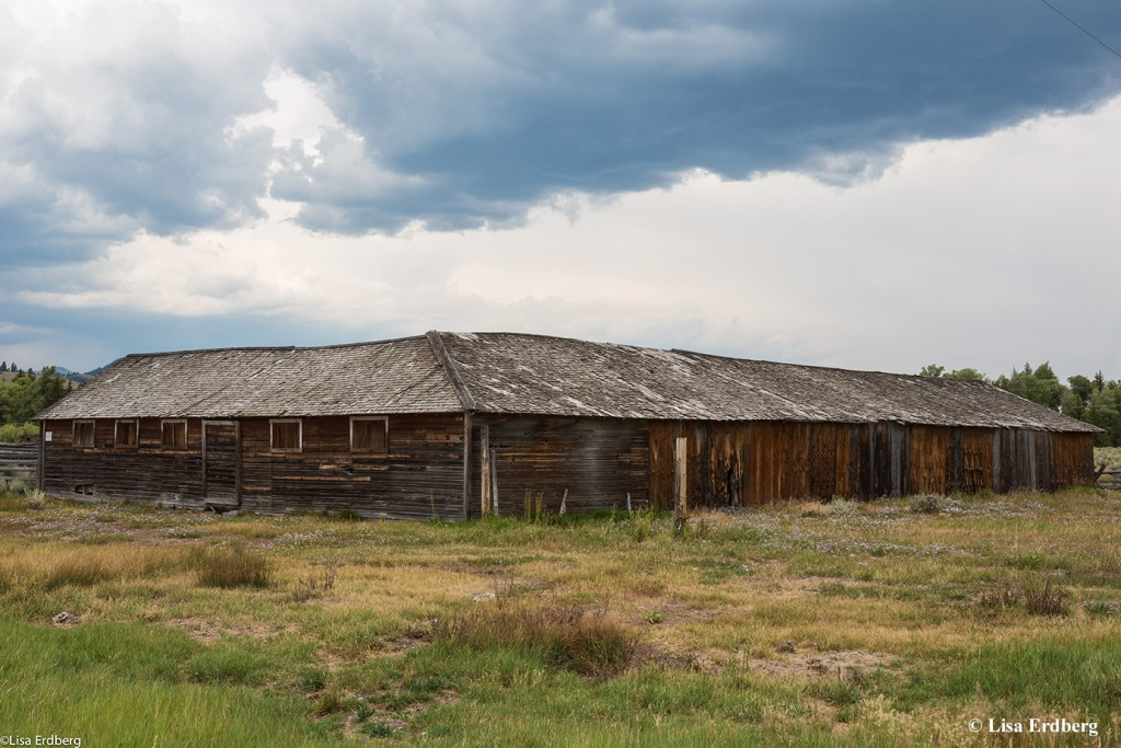 Elk Ranch: Barn/Shed/Corrals