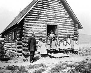 School children at Church of the Redeemer, Wind River Agency, ca. 1885-1890 (Beatrice Crofts Collection)